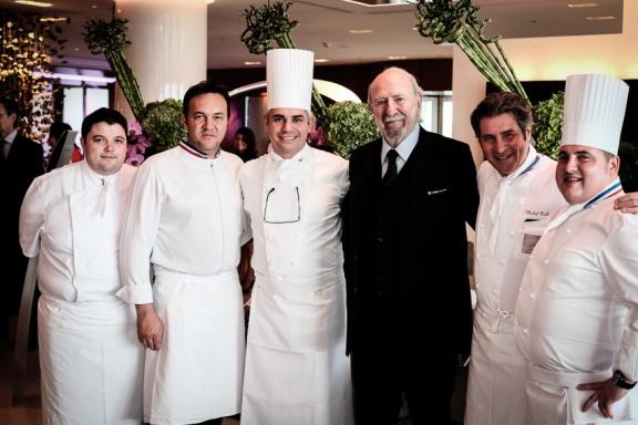 Association Suisse pour la Recherche sur l'Alzheimer, Jean Pierre Marielle entouré d'Emmanuel Renaut, Benoît Violier, Michel Roth, Franck Meyer et Benoît Carcenat